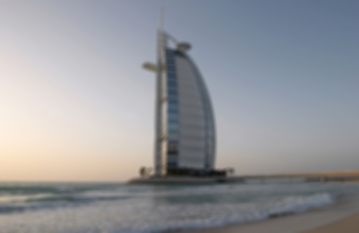 dubai-header-blurred